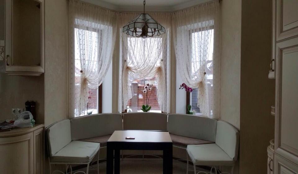 шторы для эркерного кухонного окна фото морепродуктов одним главных
